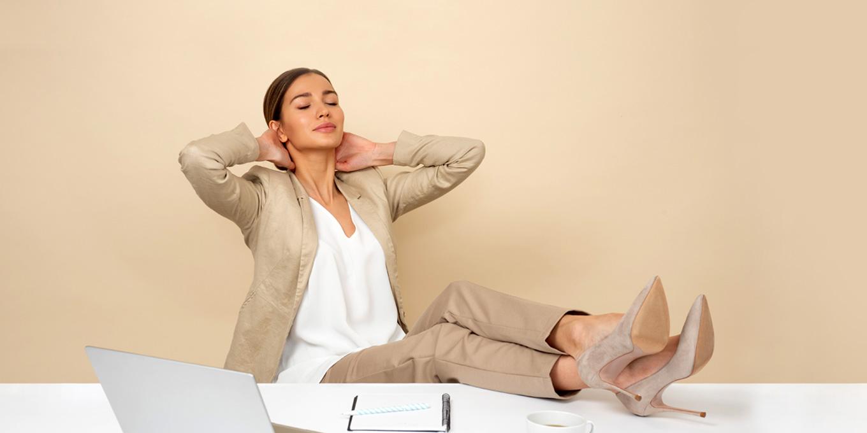 hoci elegantná, nevhodná obuv vie zapríčiniť ťažkosti - bolesti nôh, chrbtice i hlavy