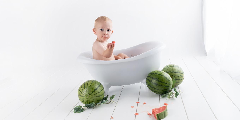 šťavnaté ovocie je vhodné do vane v rámci baby led weaning