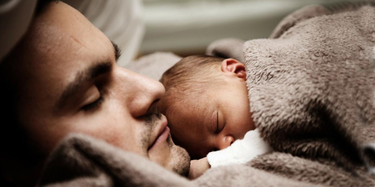 Deti majú potrebu bezpečia, blízkosti, pozornosti a chcú sa cítiť milované. Cumlík im to nenahradí.