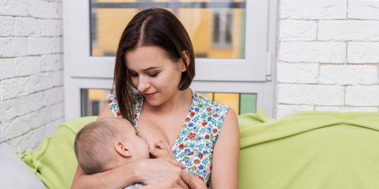 dojčenie v tehotenstve je bez rizík
